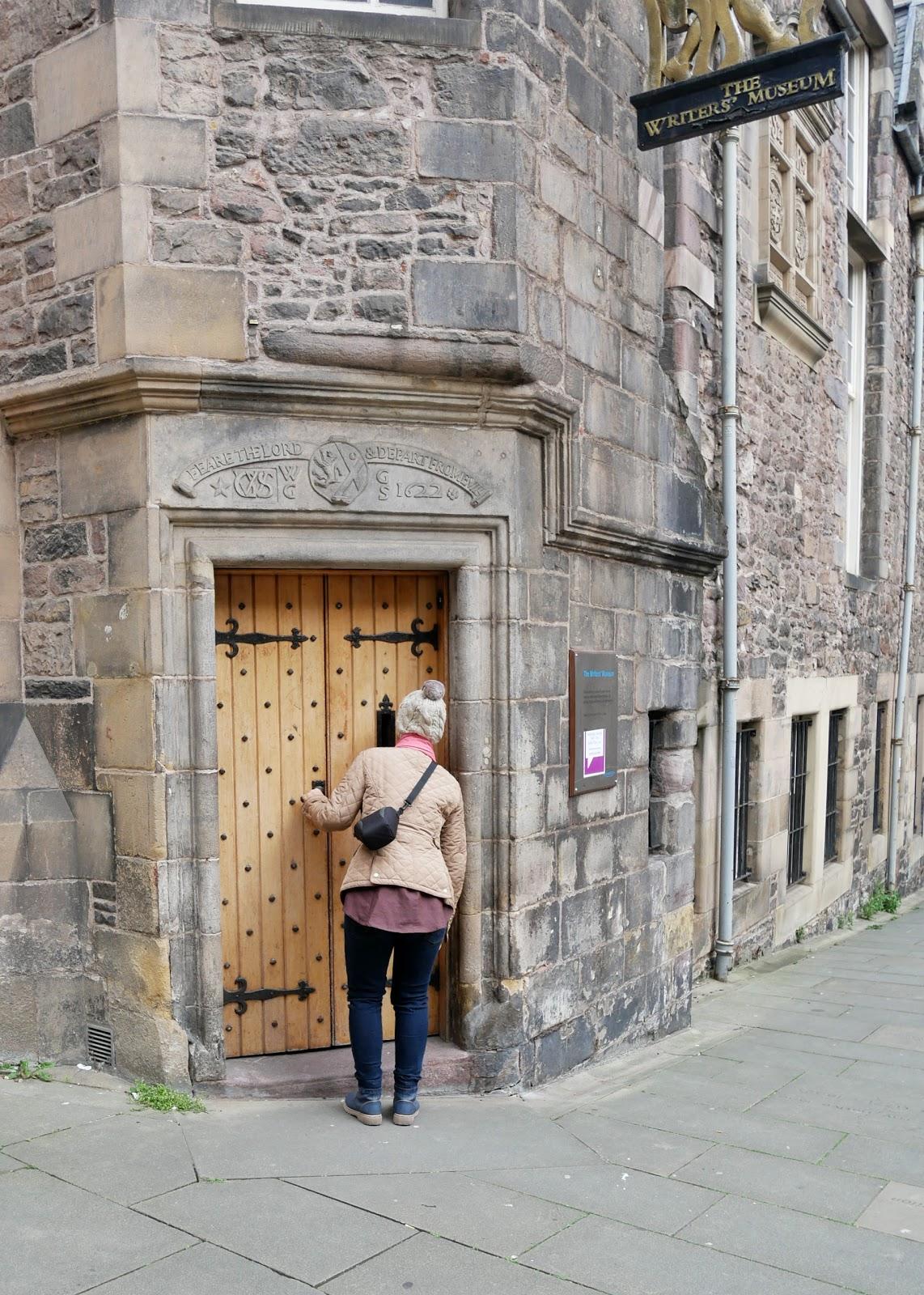 Menikmati Edinburgh dengan Sebaik-baiknya