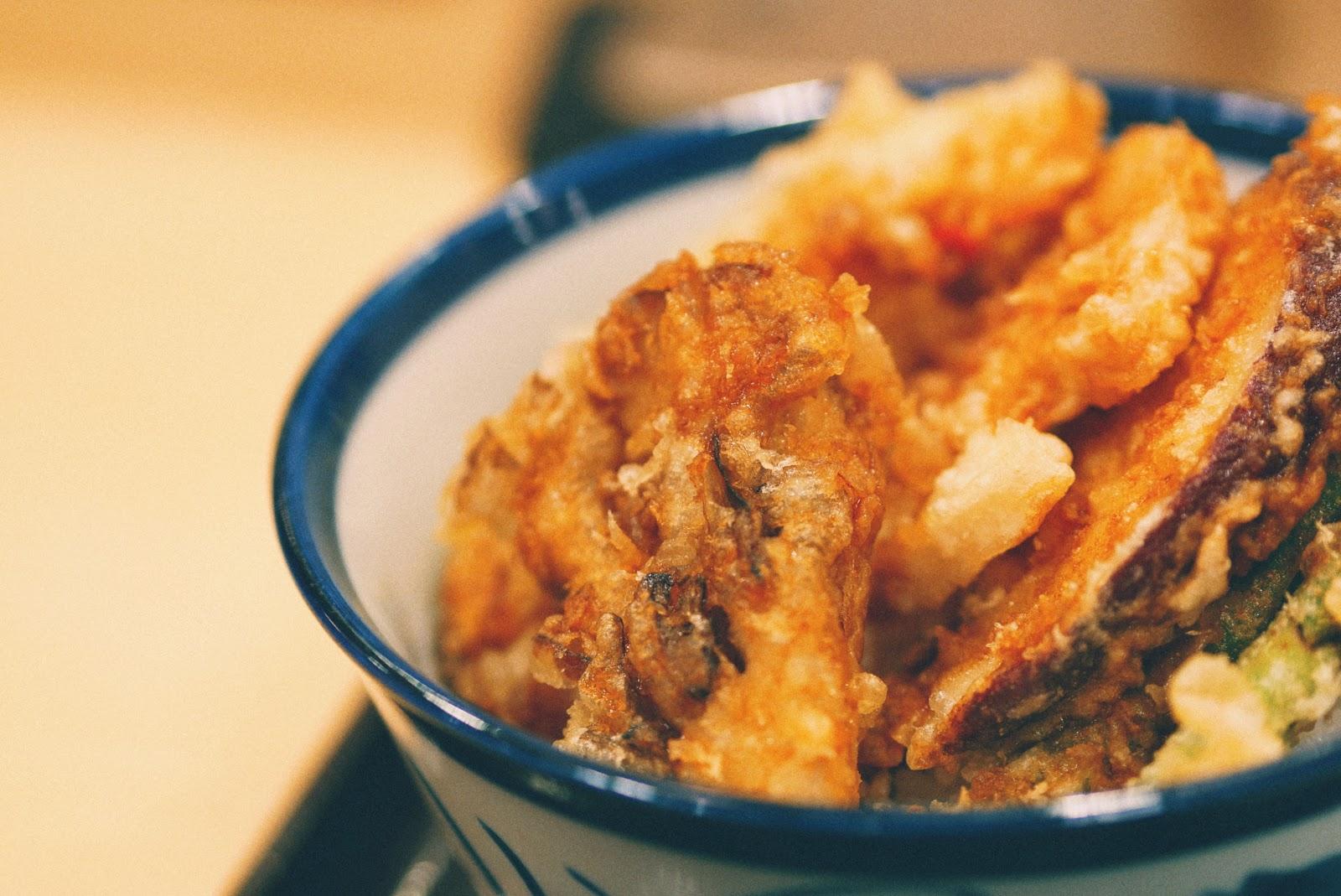 Tempura Tendon Tenya: Makan Gorengan Naik Level!