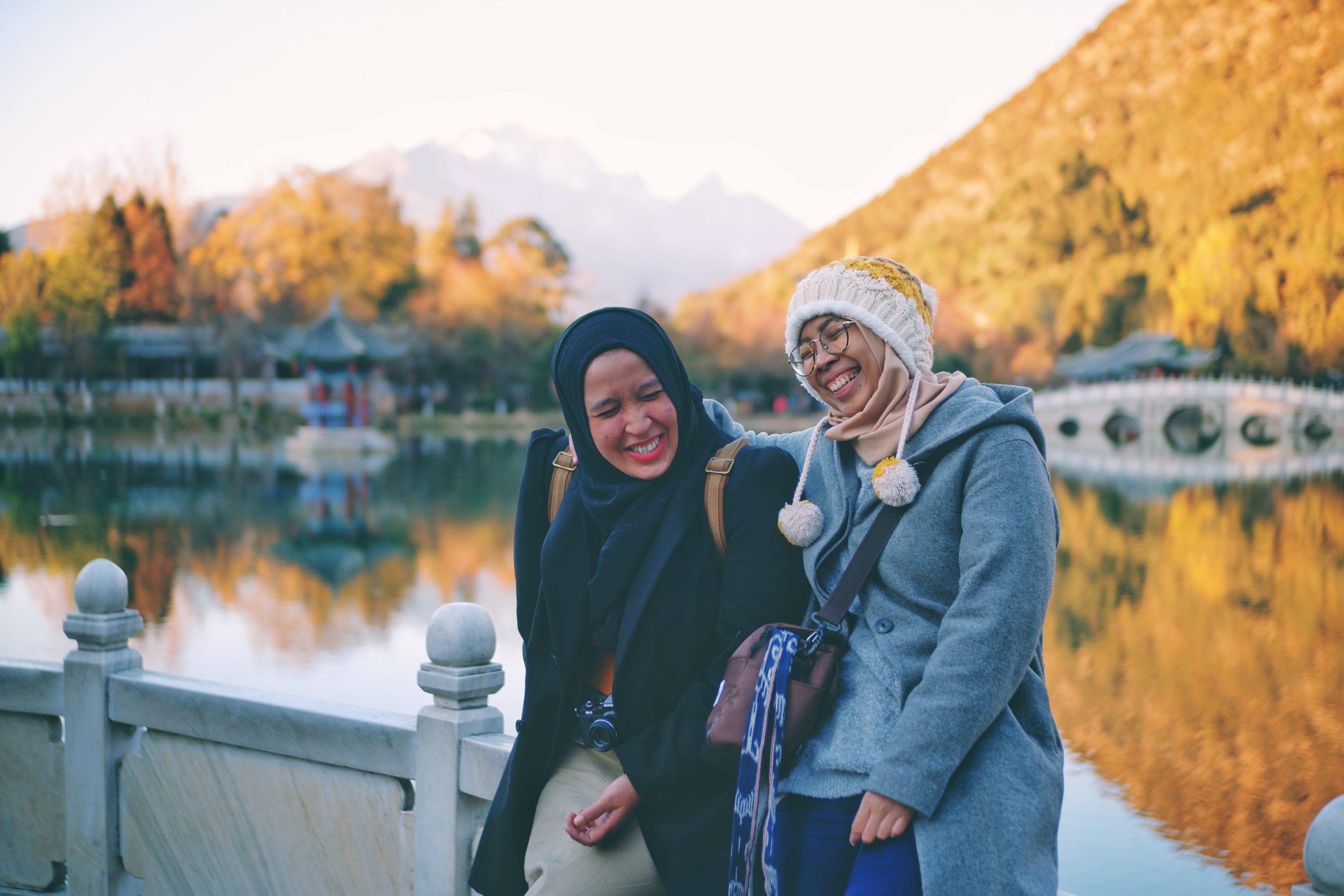 Ketika Berjalan Membawamu ke Senja Terbaik di Black Dragon Pool, Lijiang